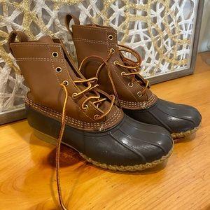 L.L. Bean Boots Womens 7 New.